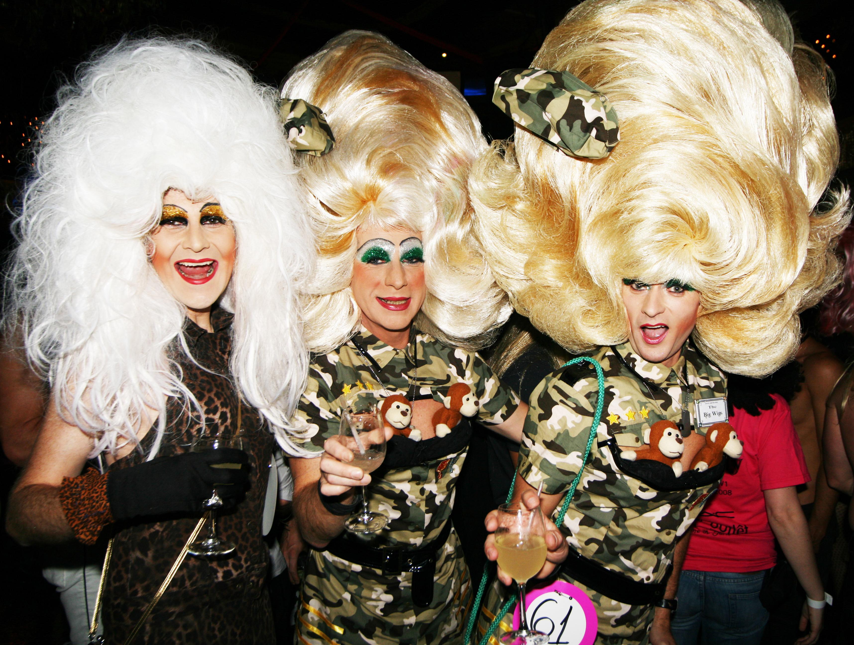 Robert Lang photography Girls Girls Girls zine - Los Angeles, Vegas, Miami, New York