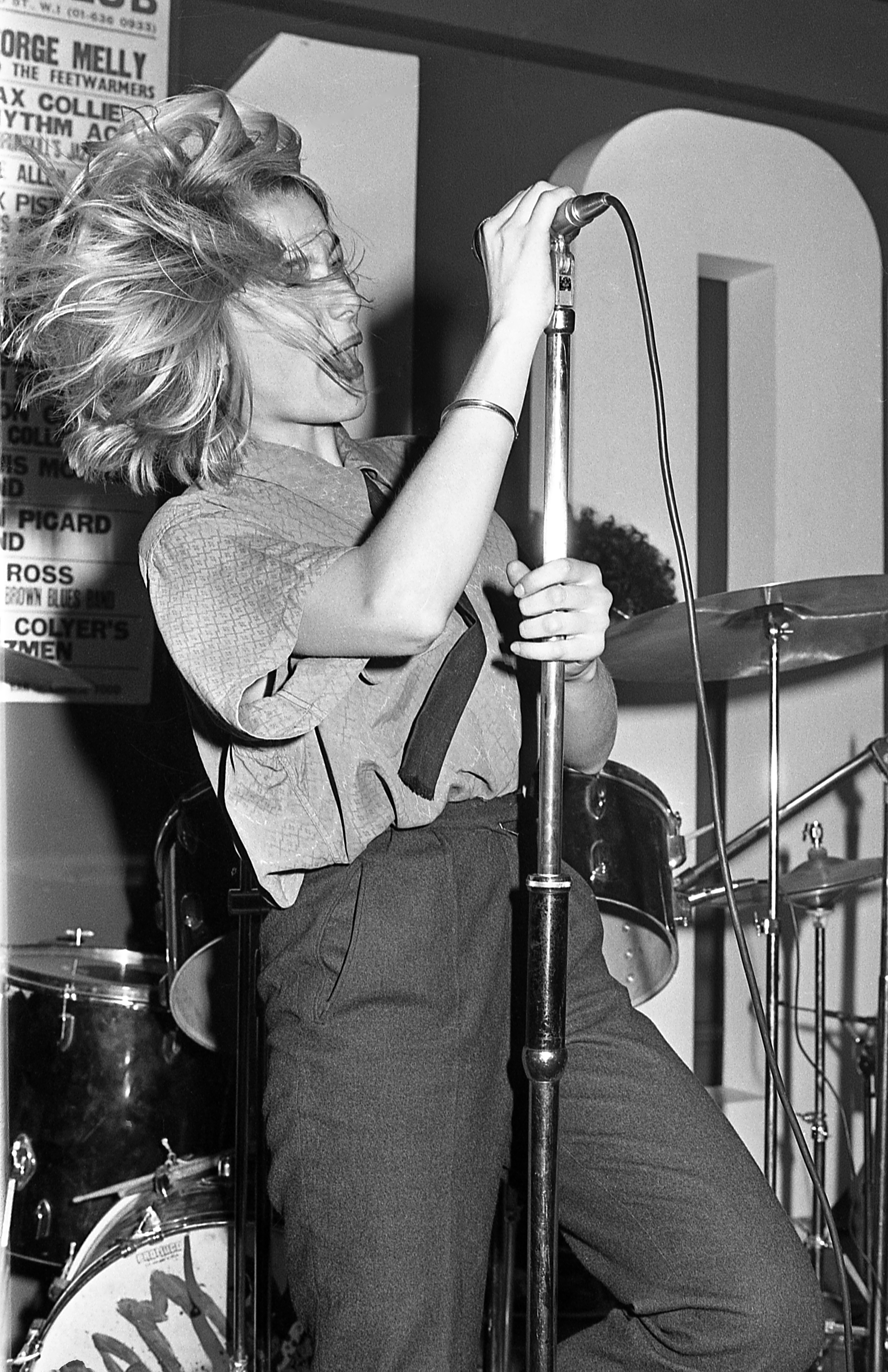 Elli Medeiros performing with The Stinky Toys at the 100 Club Punk Special (1976) by Barry Plummer